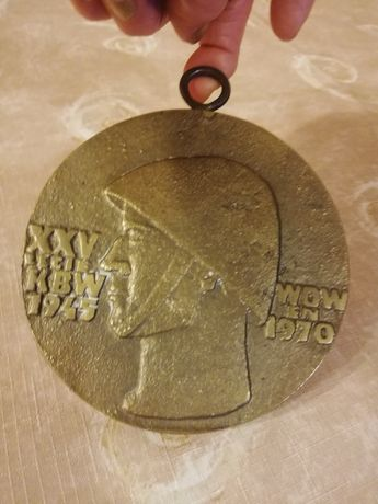 Medal z mosiądzu