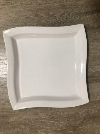 Блюдо белое