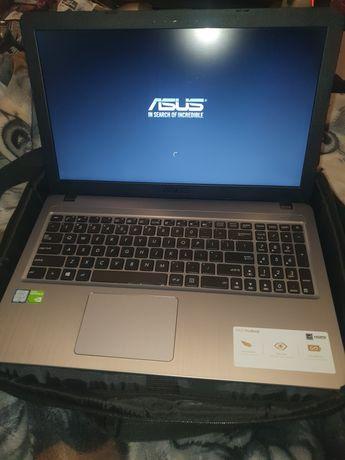 Laptop Asus a540ub. 4GB ram /1 TB dysk/ Stan idealny, użyty kilka razy