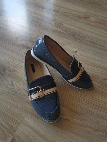 Buty Czułenka  39