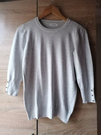 Jasnoszary sweter Reserved