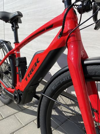 Trek super commuter +8S електровелосипед электровелосипед 45 км