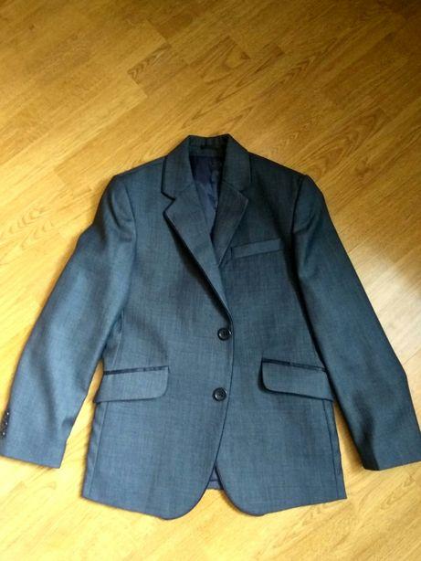 Школьный пиджак на 7-10 лет