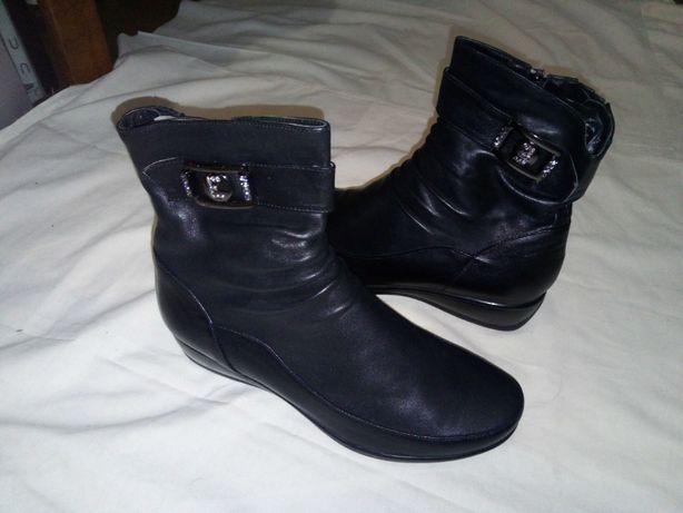 Чоботи сапоги кожаные шкіряні женскые 40р.