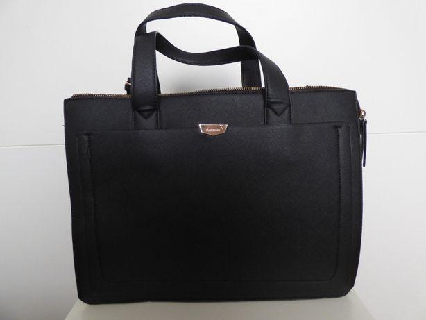 Piękna czarna torebka Parfois