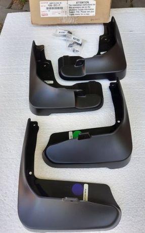 Комплект брызговиков TOYOTA Camry 2012 2013 2014 2015 PU060-33012-P1
