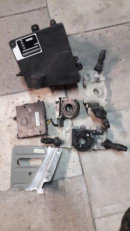 Renault master movano III skrzynka bezpieczników przełącznik swiateł