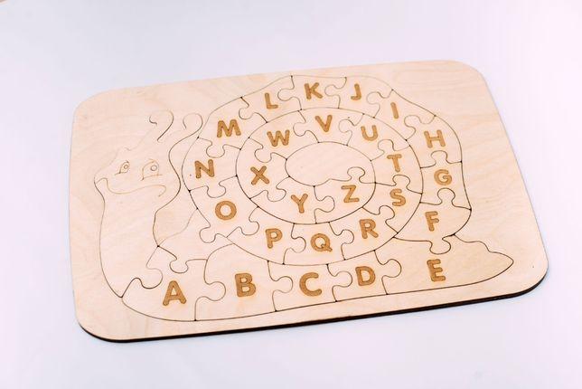 Игрушки из деревья. Английский і український алфавит. Игрушки-пазлы