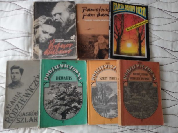 Książki 7 sztuk, całość 25 zł.