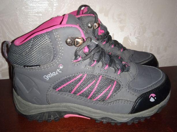 Фірмові, трекінгові черевики Gelert на мембрані