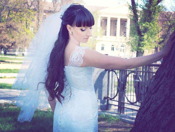 Свадебное платье  короткое недорого