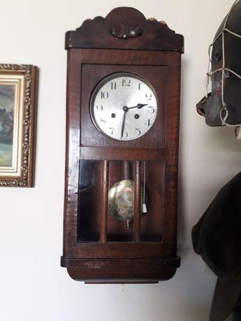 Настінний годинник HALLER.Німеччина.