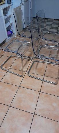 Cadeiras para sala ou cozinha.