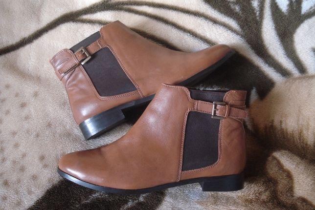 42 р./ 27,5 см. фирменные кожаные ботинки/челси Soleflex