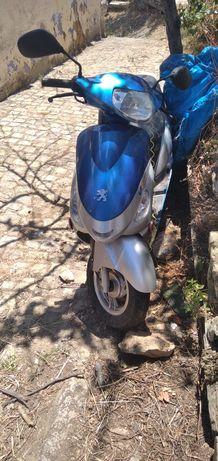 Scooter Peugeot  impecável