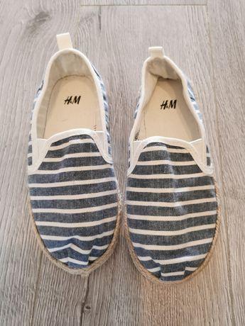 Nowe buty espadryle 28