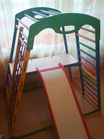 Детский спортивный комплекс, уголок, горка