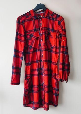 Sukienka w kratę Reserved