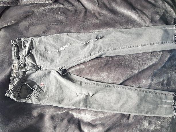 Spodnie jeans rozm. 128 jak nowe z UK