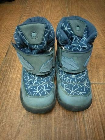 Дитяче взуття, чобітки