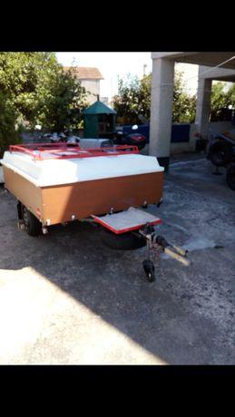 Auto Tenda ERKA, 2 Quartos, 1 Sala e um avançado