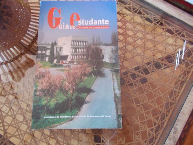 Livro Guia estudante Faculdade Economia Porto