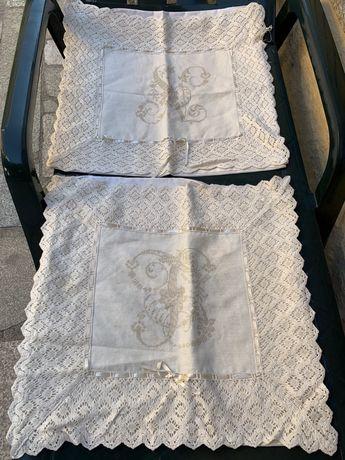 Vendo capas de almofada bordadas