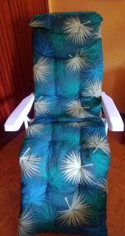 Espreguiçadeira/ cadeira em metal c/colchão vários tons Verde