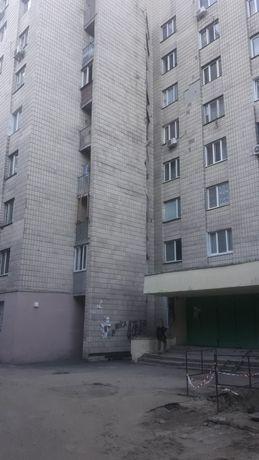 Продажа 2 комнаты 46 кв.м.мт.м.Дорогожичи ул.Новоукраинская5