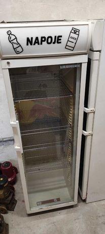 Witryna chłodnicza przeszkolna Liebherr FKDv 4312