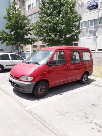 Nissan Vanette Combi