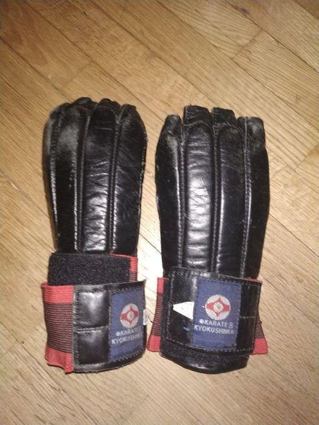 Детские перчатки для каратэ
