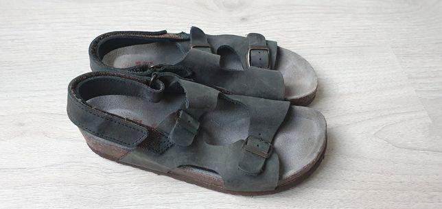 Skórzane sandały KicKers rozmiar 32 18,5 cm