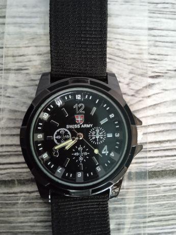 Армейские водонепроницаемые часы