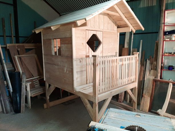 Sprzedam domek drewniany