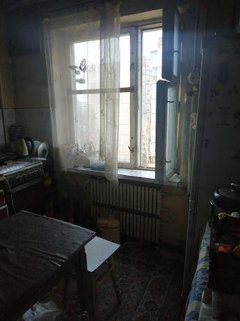 Продам 1 комн. на Бородинском р-н супермаркета АТБ 20 000 $.