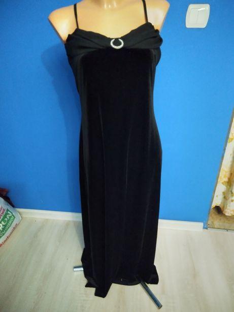 Sukienka długa balowa na ramiona