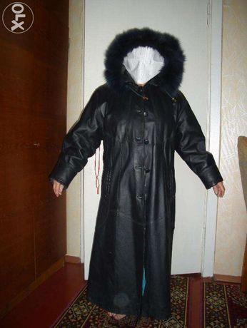 Кожаное пальто р.48
