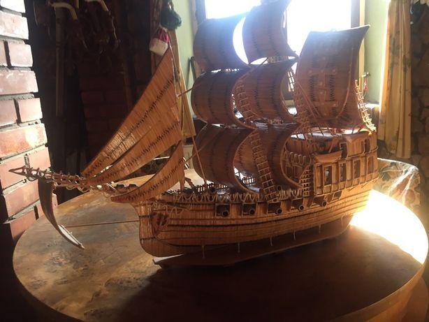 Stary statek z zapałek unikat