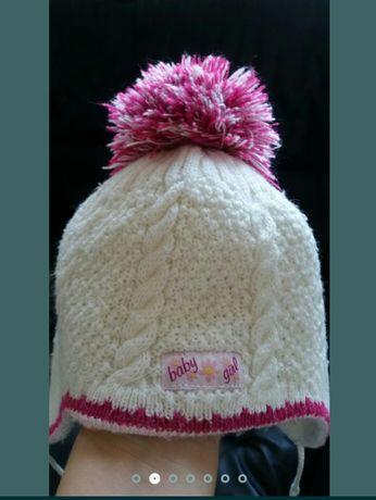 Зимняя шапка для девочки 1-2 года