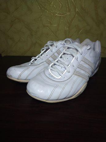 Кроссовки Adidas Racer GOODYEAR