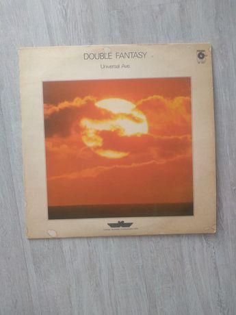 Double fantasy. Universal Ave. Winyl