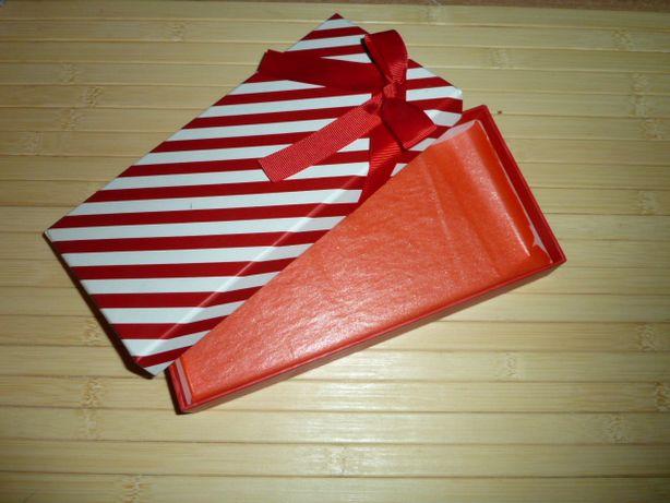 Подарочная коробочка в новогоднем стиле