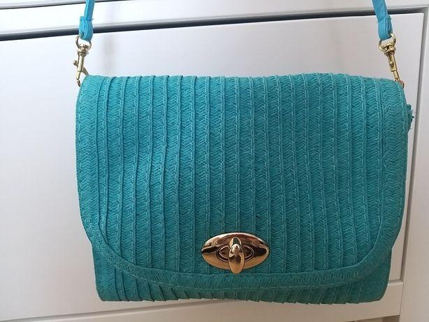 Słomiana niebieska torebka Mohito