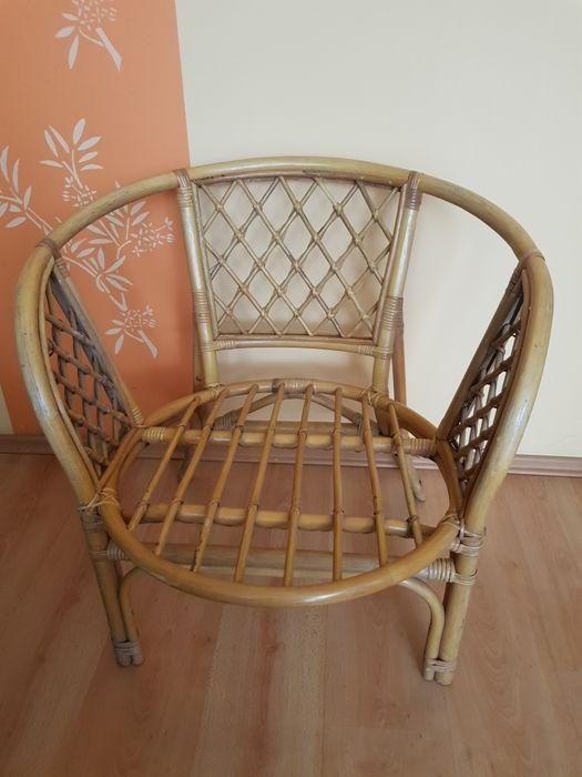 Fotel z ratanu, szeroki, wysokość 72cm, średnica 54cm. Łódź - image 1