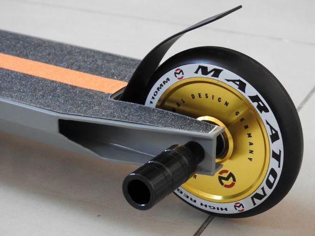 Самокат Трюковой Maraton Versa ODG HIC c пегами Трюковый, колеса литые
