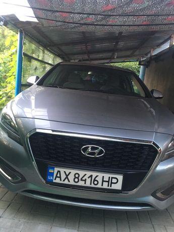 Hyundai sonata hybrid se