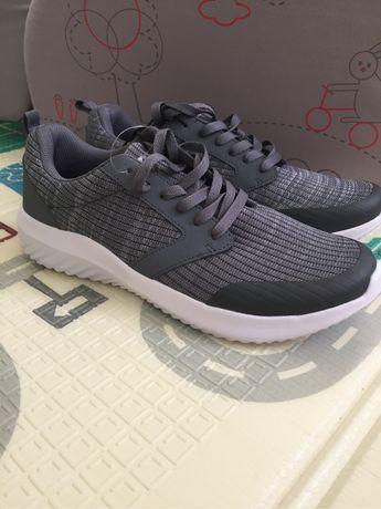Легкі чоловічі кросівки 9(27 см)кроссовки
