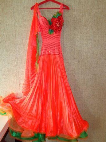 Платье для бальных танцев стандарт с кристаллами Сваровски