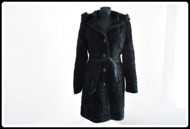 Czarny wełniany płaszcz damski z kapturem 38 M